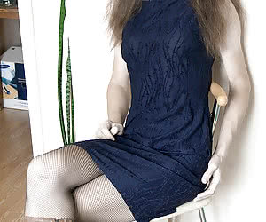 Category: crossdresser