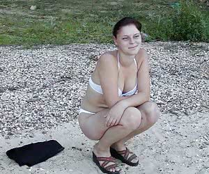 Free samples from Outdoor Voyeur. Amateur voyeur snapshots filmed in miscellaneous outdoor places