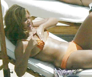 Related gallery: oops-celebrity (click to enlarge)