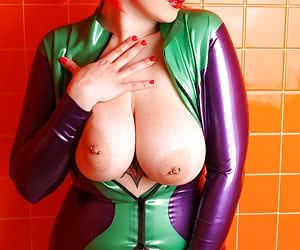 Related gallery: plumpers-in-rubber (click to enlarge)